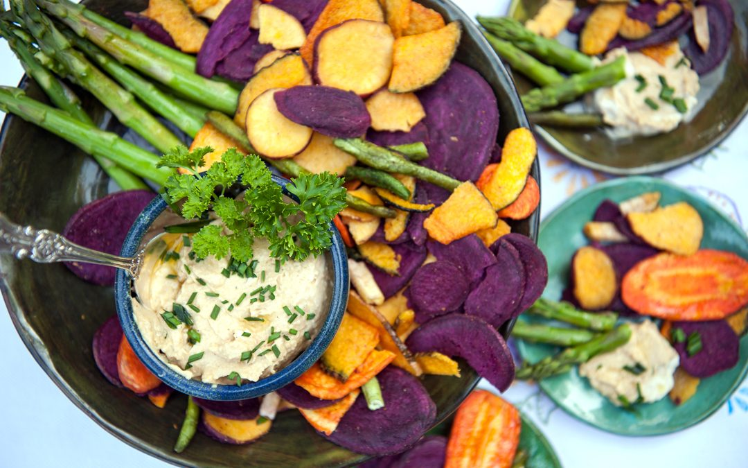 Hummus with Steamed Asparagus and Vegetable Chips
